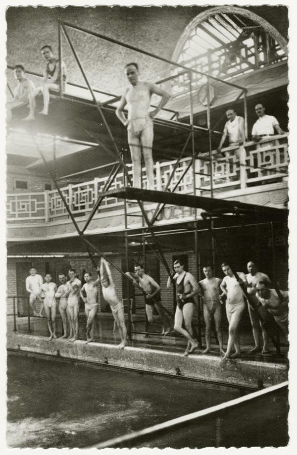 L 39 quipe des ma tres nageurs 1932 roubaix la piscine - Piscine municipale roubaix ...