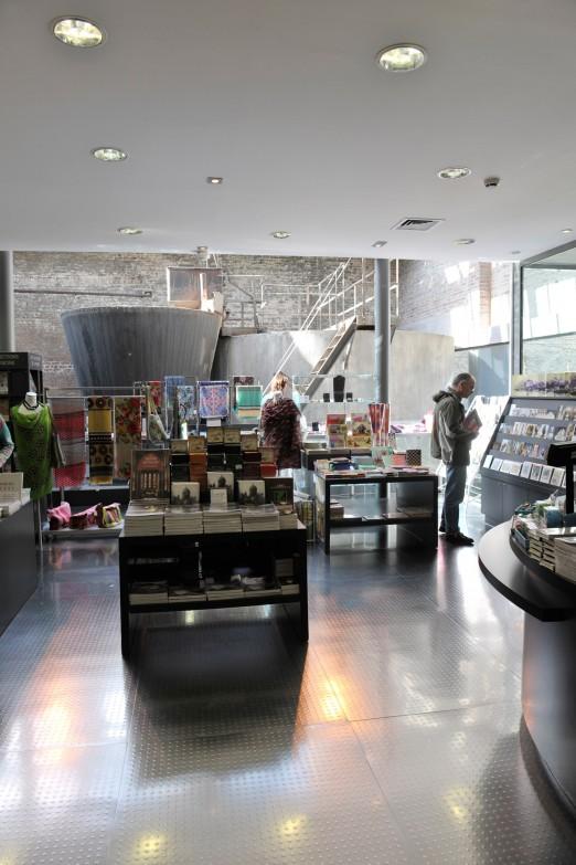 Boutique du mus e la piscine livres objets et ouvrages for La piscine new york restaurant