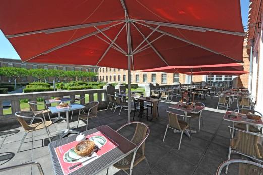 Restaurant salon de th meert mus e de la piscine roubaix for La piscine new york restaurant