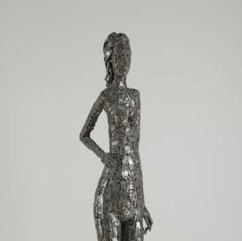 Enrico Campagnola (1911-1984) Jeune fille 1973 Plaques de fer soudées et polies Don de Mme Bret en 2012