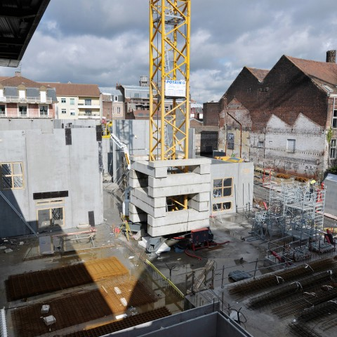 09.03.2017 Nouvelle aile Rue de l'Espérance. Installation des murs_DSC4498-