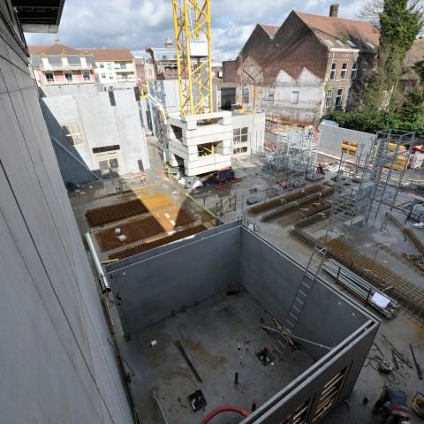 09.03.2017 Nouvelle aile Rue de l'Espérance. Installation des murs_DSC4494-
