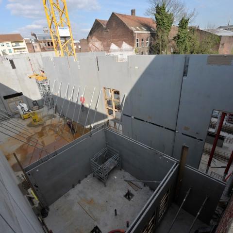 15.03.2017 Nouvelle aile Rue de l'Espérance. Installation des murs__DSC4519