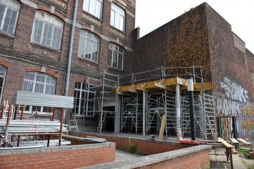 15.05.2017 Nouvelle aile Rue des Champs. Plateforme qui fera le lien entre le musée et le premier étage de l'ancien collège Sévigné