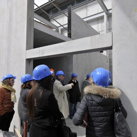 24.04.2017 Nouvelle aile Rue de l'Espérance. B. Gaudichon fait découvrir à l'équipe du musée les nouveaux espaces_DSC5162